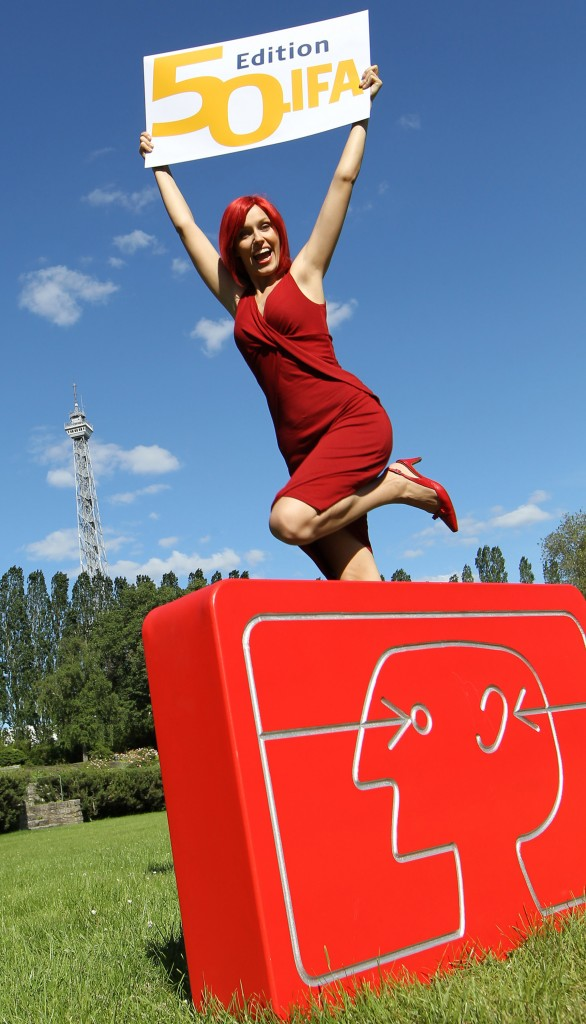 Miss IFA 2010 with 50th IFA logo