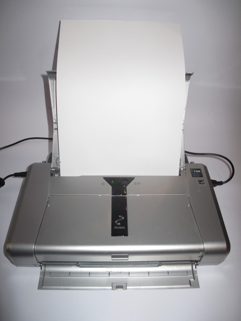 Canon PIXMA IP-100 mobile printer