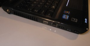 Toshiba Satellite P750 multimedia laptop - left-hand-side
