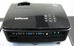 Economy data projector with VGA input sockets