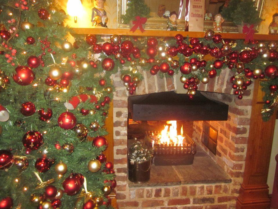 Christmas fireplace decoration - courtesy Shinead Feehan