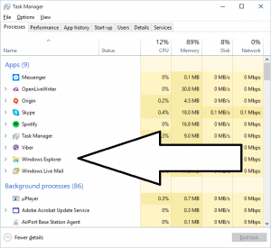 Task Manager with Windows Explorer called out