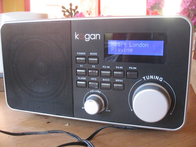 Kogan Internet table radio
