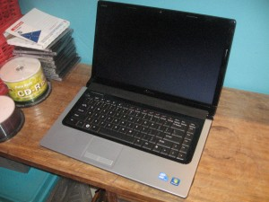 Dell Studio 15 Multimedia Laptop