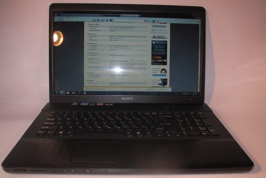 Sony VAIO EJ Series laptop - VPC-EJ15FGB