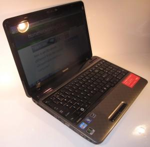 Toshiba Satellite L750 laptop computer