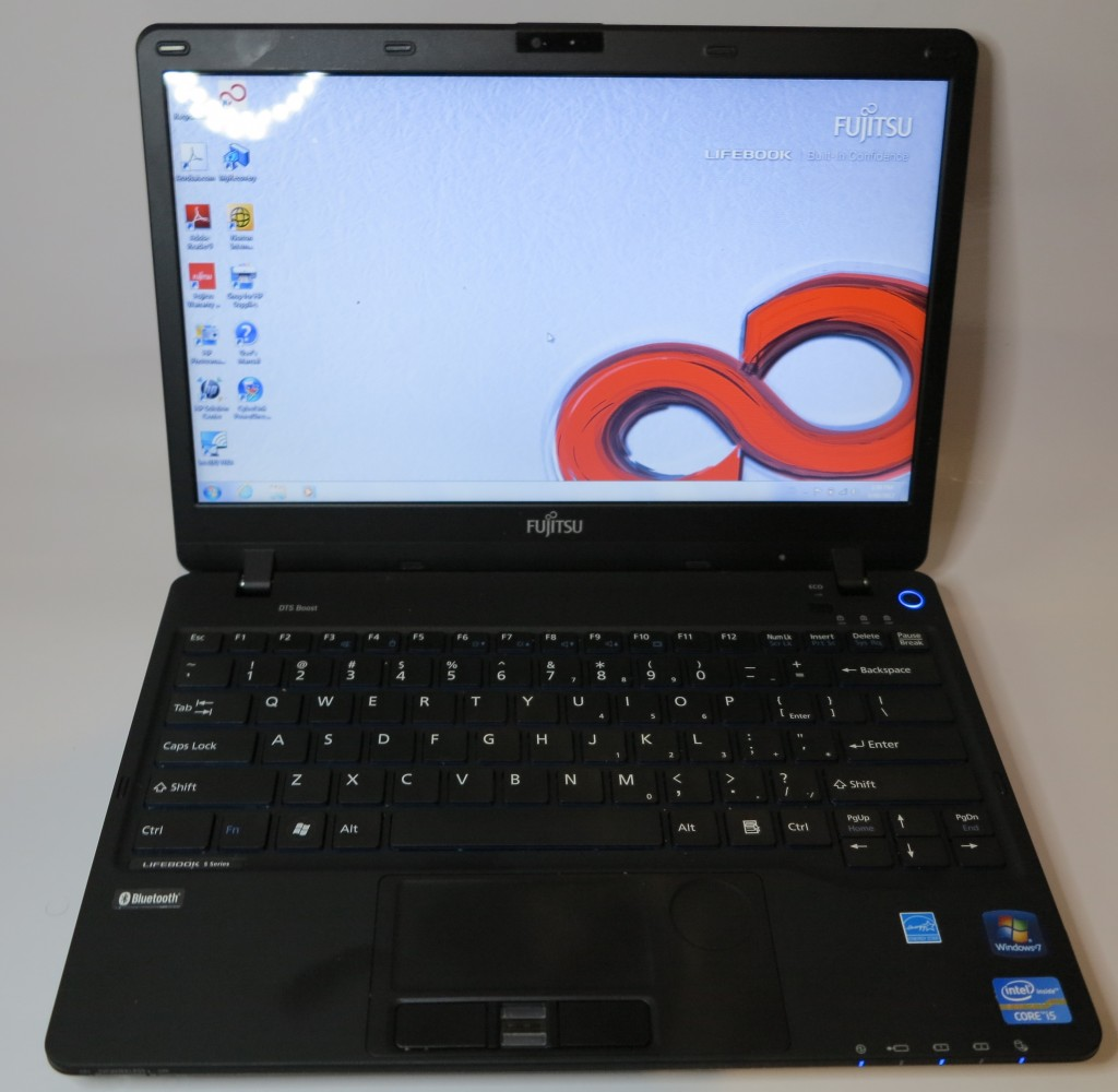 Fujitsu Lifebook S-Series SH771 ultraportable