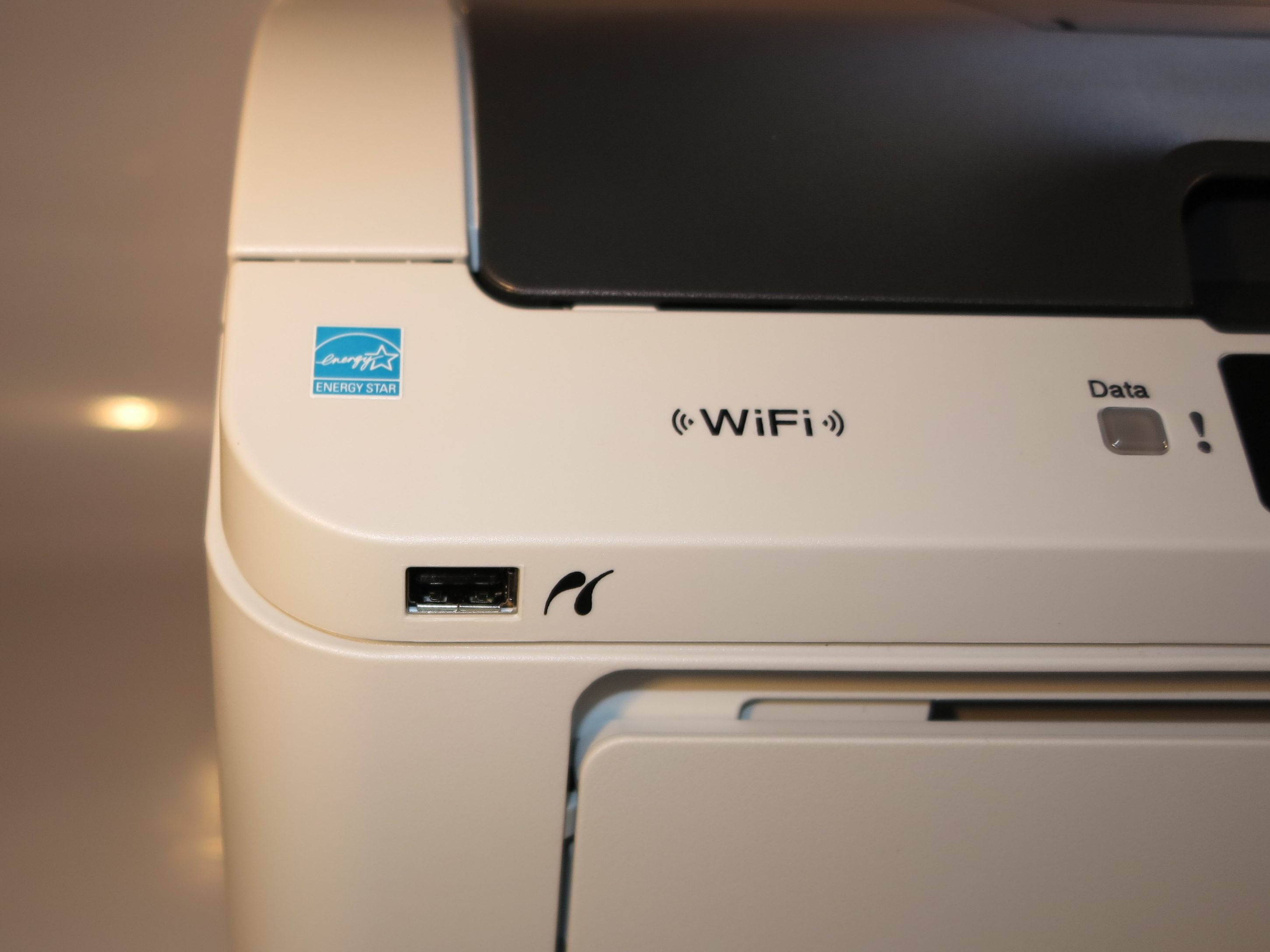 Brother HL-3075CW colour LED printer walk-up PictBridge USB connection
