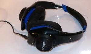 Denon UrbanRaver AH-D320 headphones