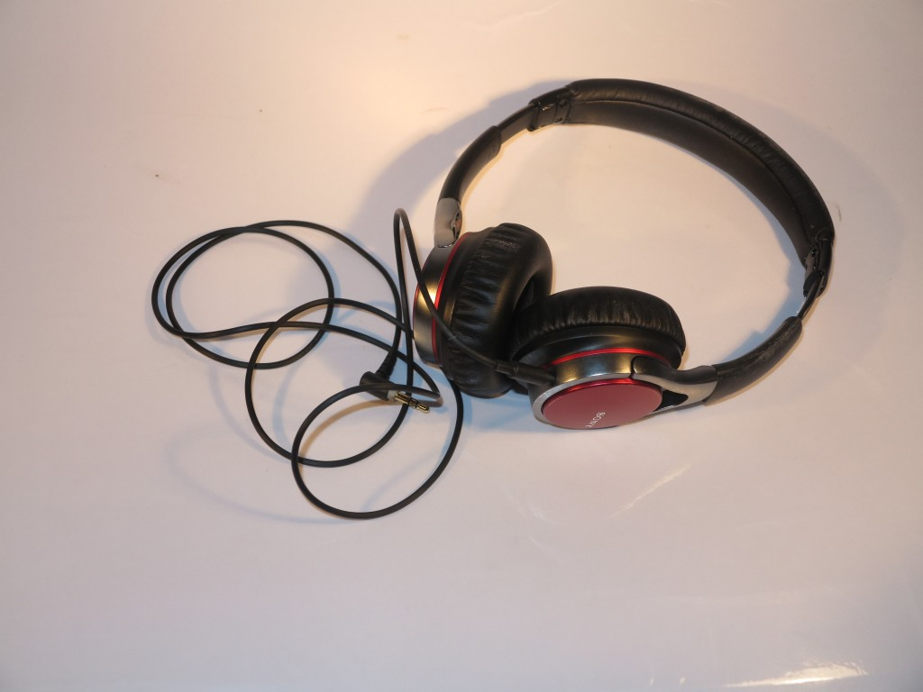 Sony MDR-10RC stereo headphones