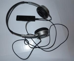 Sony SBH-52 Bluetooth headphone adaptor with headphones