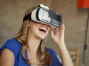 Samsung Gear VR goggles press picture courtesy of Samsung