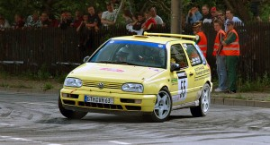 VW Golf 3rd Generation rally car in Saxony rally by André Karwath aka Aka (Own work) [CC BY-SA 2.5 (http://creativecommons.org/licenses/by-sa/2.5)], via Wikimedia Commons