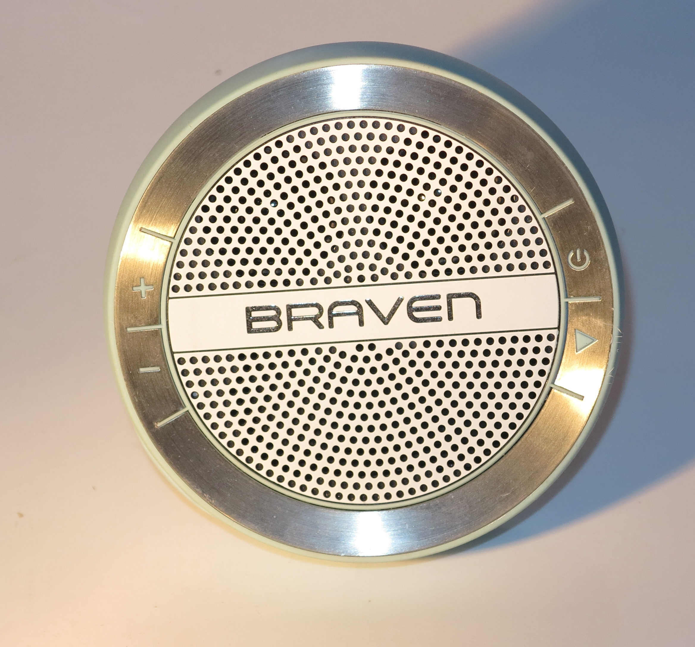 Product Review–Braven Mira Bluetooth speaker