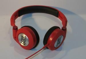 JBL Synchros E30 headphones