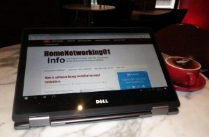 Dell Inspiron 13 7000 2-in-1 in viewer mode