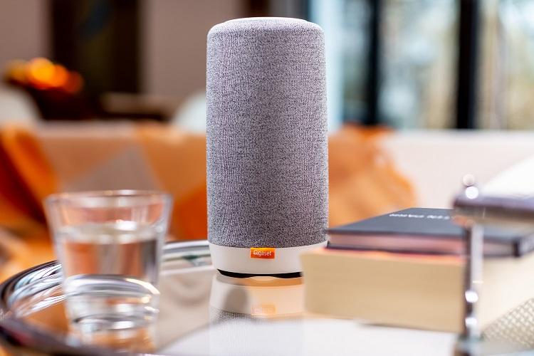 Gigaset L800HX Alexa DECT smart speaker press picture courtesy of Gigaset AG