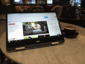 Dell Inspiron 14 5000 2-in-1 - viewer arrangement at Rydges Melbourne (Locanda)